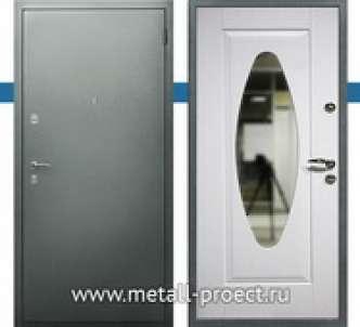 Дверь с овальным зеркалом